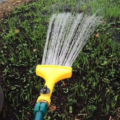 fan-spray-nozzle-for-hose-by-walts-organic-fertilizers